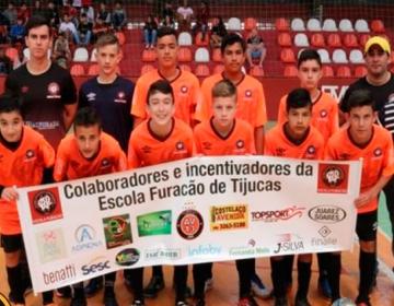 Furacão goleia Feras e conquista primeira vitória no sub 14 · Campeonato de  Futsal ... 9888c7f2ff06a